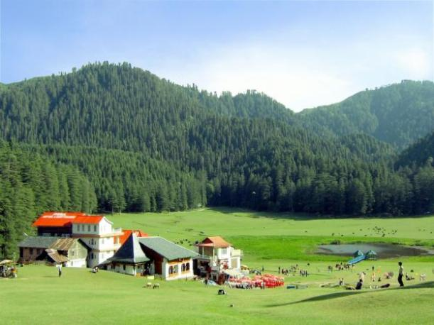 manali-holidays-lush-green-mountains