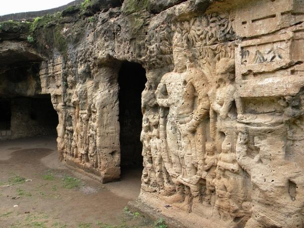 Khambhalida Caves, Rajkot