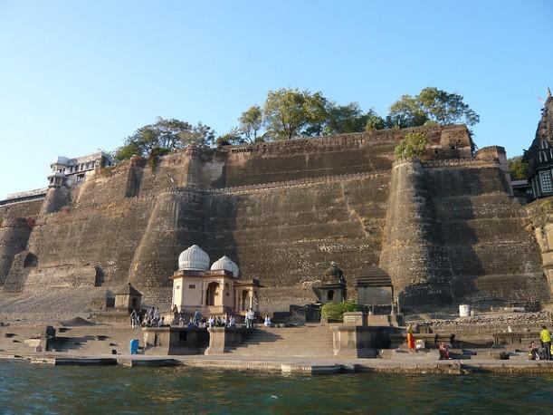 Narmada Ghats, Maheshwar