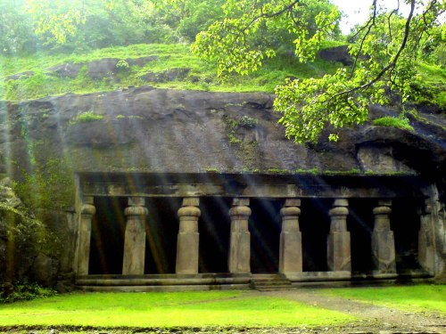 Elephanta_caves