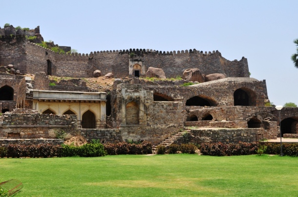 golkonda fort essay At the heart of hyderabad's technological progress juggernaut is the  (sometimes spelled as golkonda) fort was the capital of the ancient kingdom of golconda which.