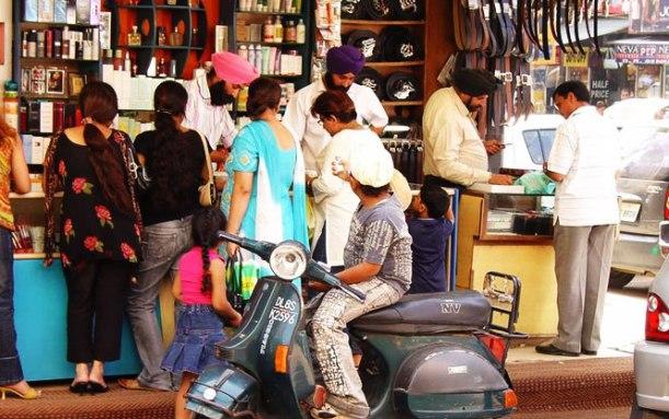 karol-bagh-market-delhi