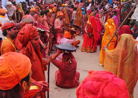 lathmar-holi-barsana-mathura